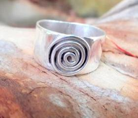 Hypnotize Ring, Band..