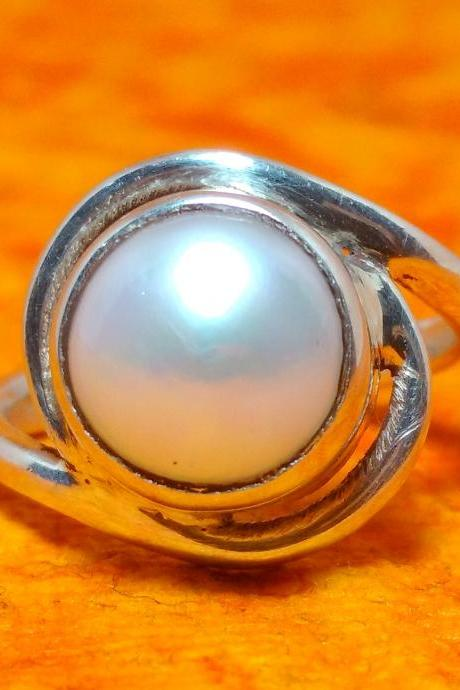 Pearl Ring, Gemstone Ring, June Birthstone Ring, Handmade Ring, Sterling Silver Ring, Promise Ring, Gift-able