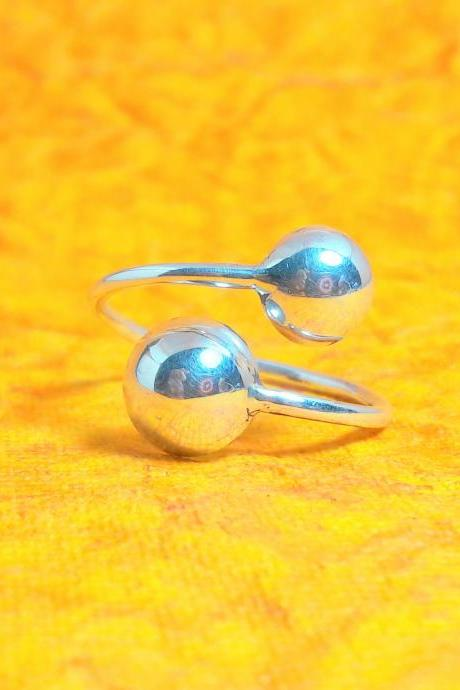 Semi-Sphere Ring, Sterling Silver Ball Ring, Handmade Ring, Adjustable Ring, Unisex Ring, Elegant Ring
